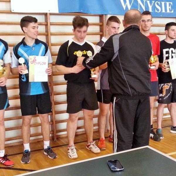 Złoty medal w tenisie stołowym dla I LO