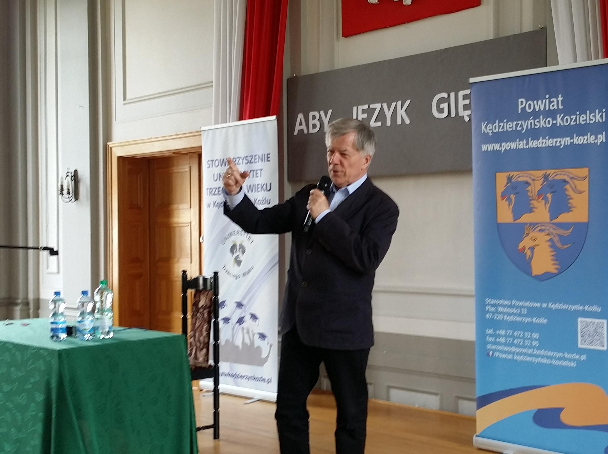 prof. Jan Miodek w I LO