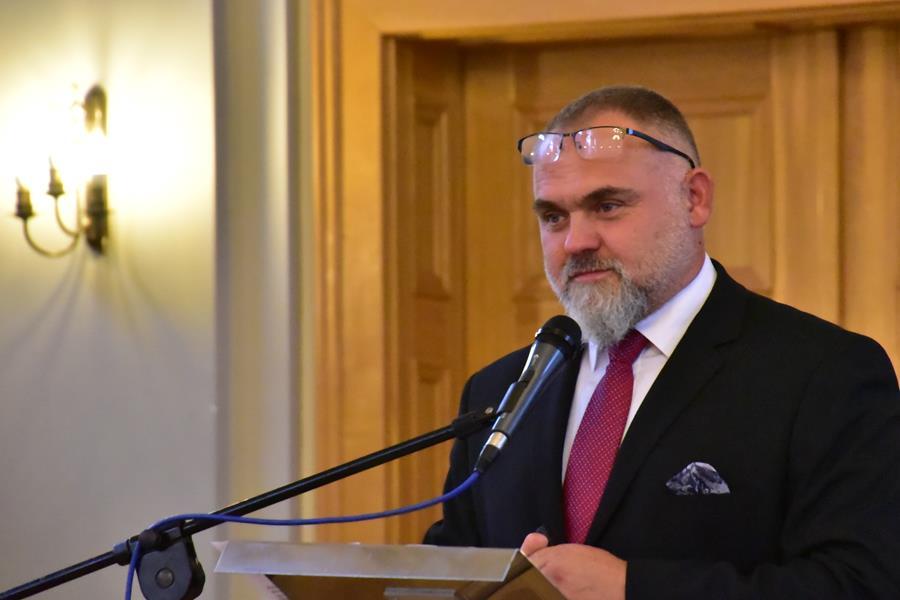 """Seminarium SSIRO w I LO: Wykład Tomasza Radłowskiego """"Lider jest ważny"""""""