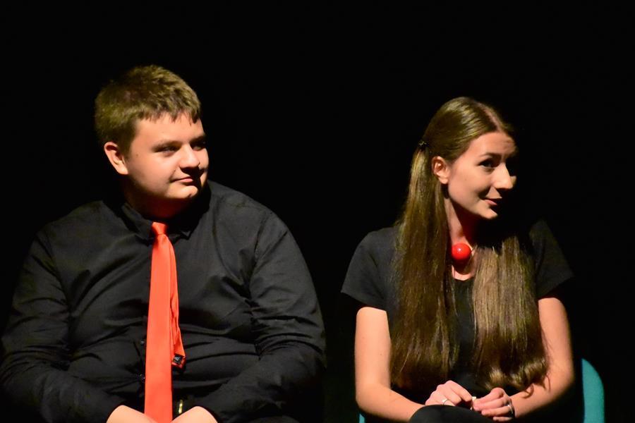 """Seminarium SSIRO w I LO: Teatr szkolny """"INCYDENT"""" na scenie DK Koźle"""