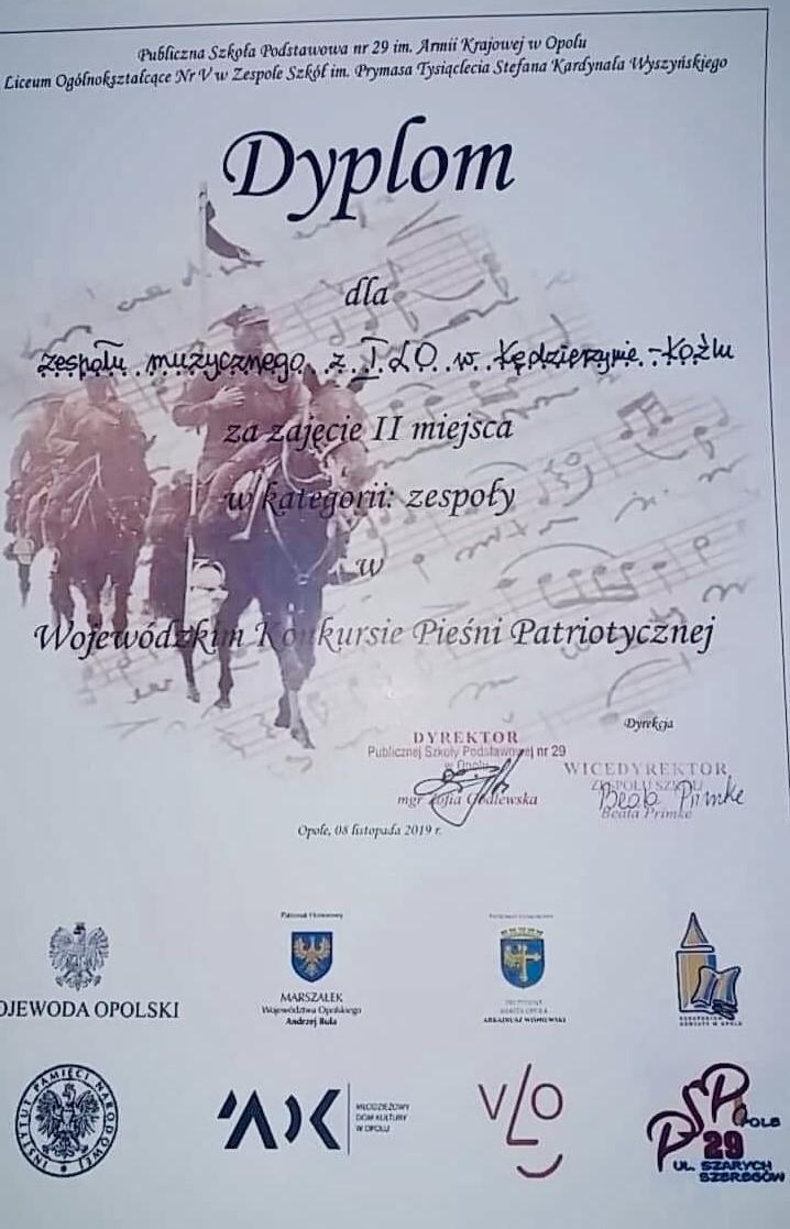Ogromny sukces nowego chóru I LO na Wojewódzkim Konkursie Pieśni Patriotycznej w Opolu! 07.11.2019