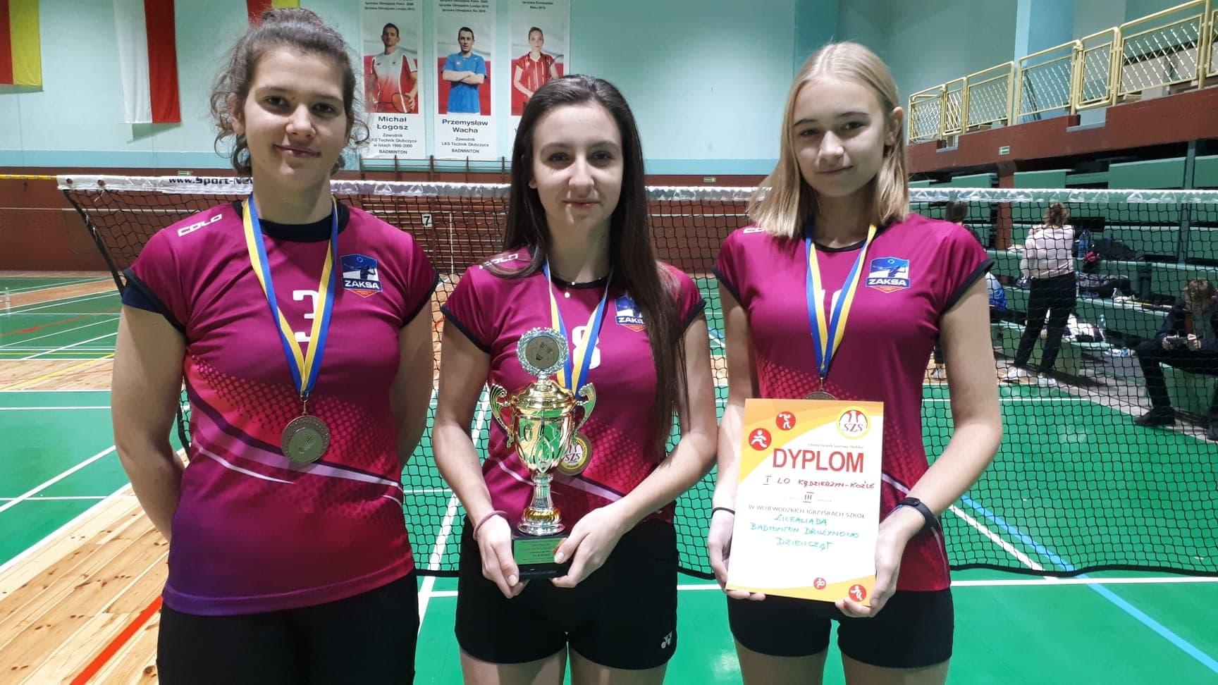 Brązowe badmintonistki z I LO