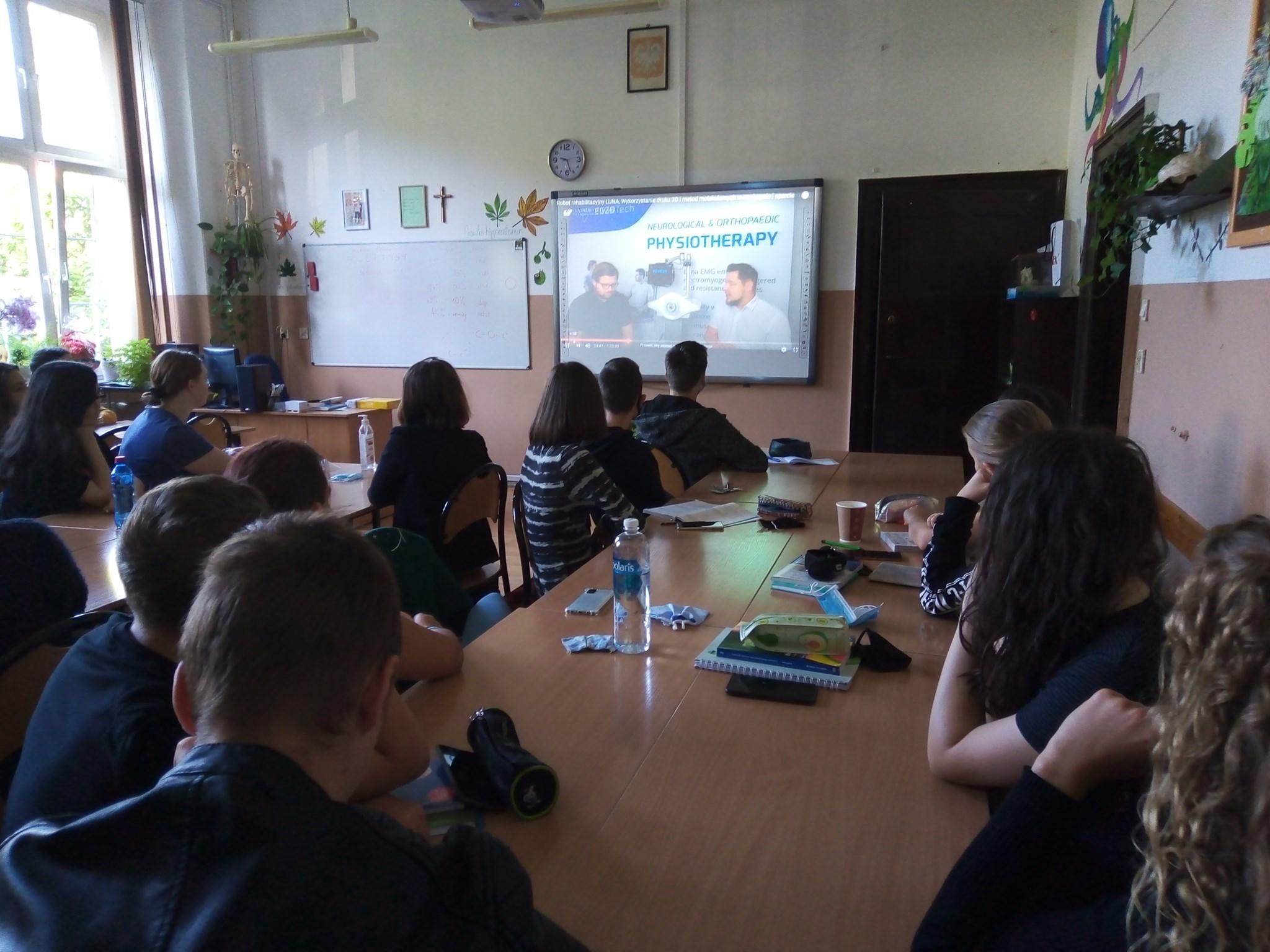 Wykłady z biorobotyki dla uczniów I LO