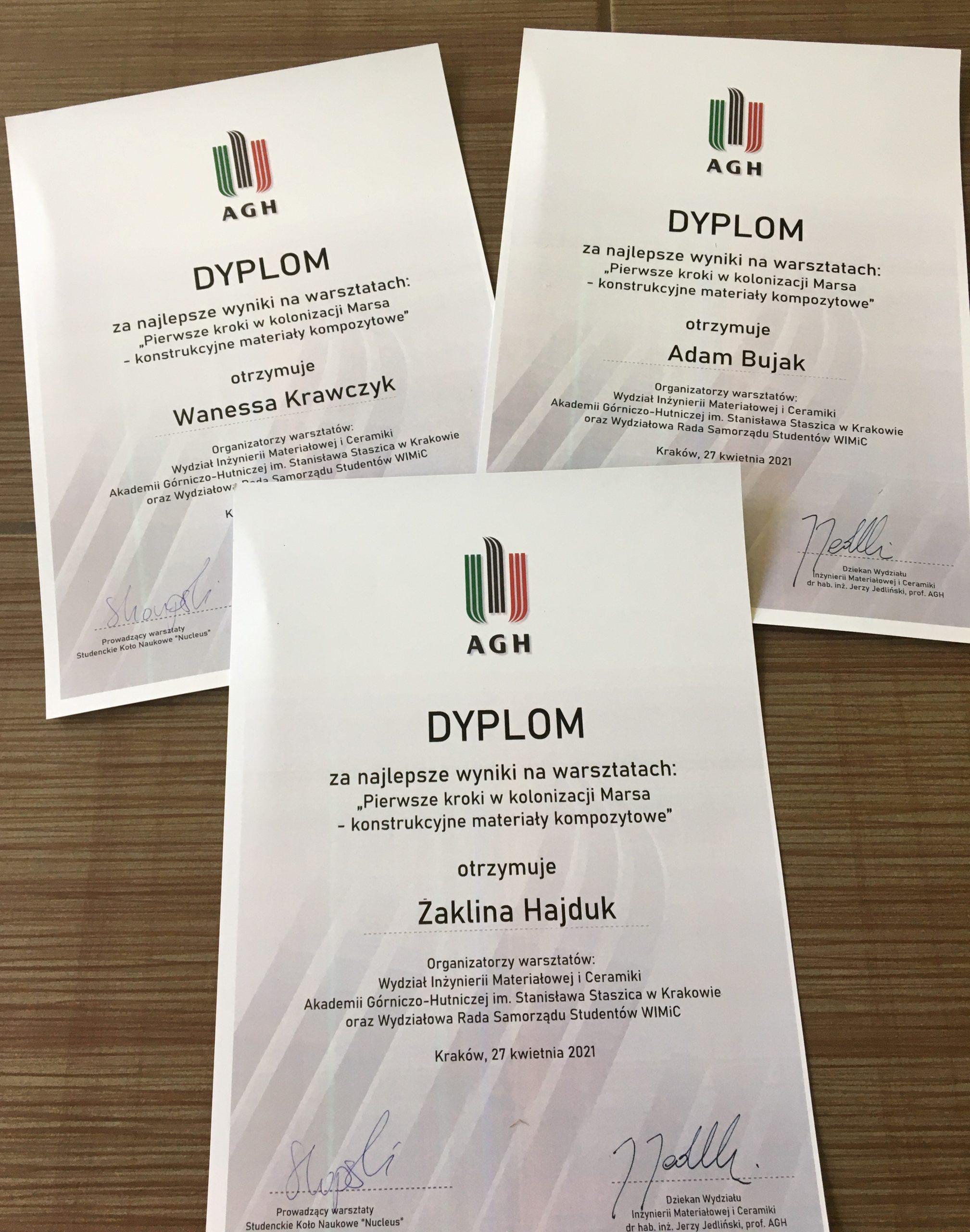 Koło Naukowe Wydziału Inżynierii Materiałowej i Ceramiki AGH w Krakowie nagradza uczniów I LO